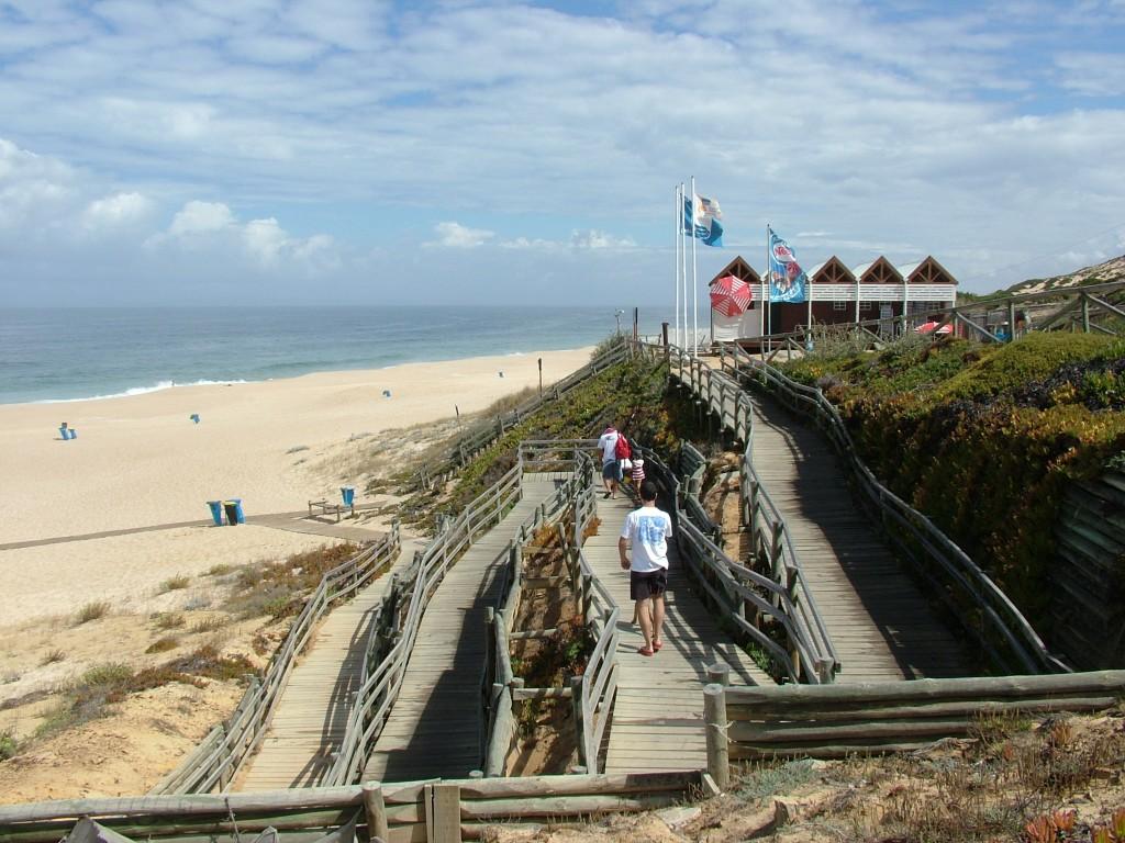 praia da Fonte do Cortiço, também conhecida por Areias Brancas